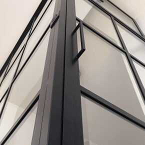 Przeszklenie holu/ CRITTALL loft/ glass&metal door/ hall idea