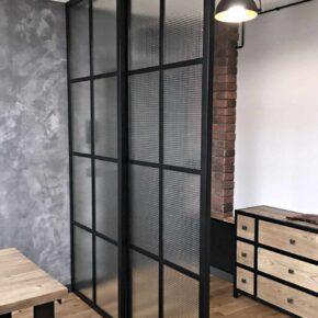 Ścianka loftowa przesuwna Crittall / szkło ZBROJONE